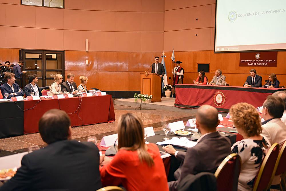 Urtubey recibió a los miembros del Consejo Federal de Responsabilidad Fiscal