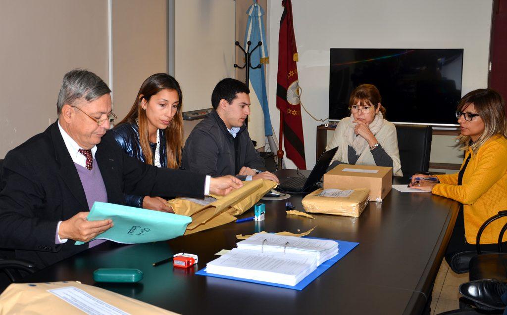 Con cuatro oferentes inició el proceso licitatorio para las obras del Mercado Artesanal