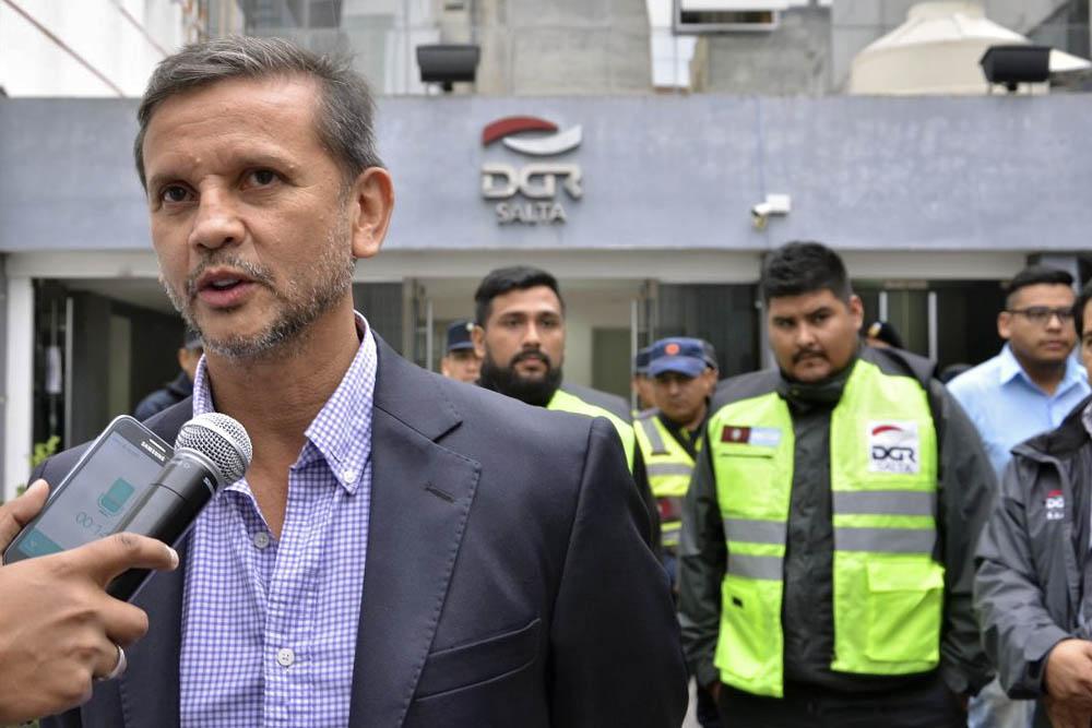 Iniciaron los operativos conjuntos contra el comercio ilegal en el centro de la ciudad