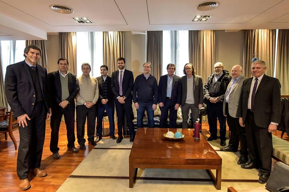 Yarade y Estrada participaron en la reunión de ministros de economía