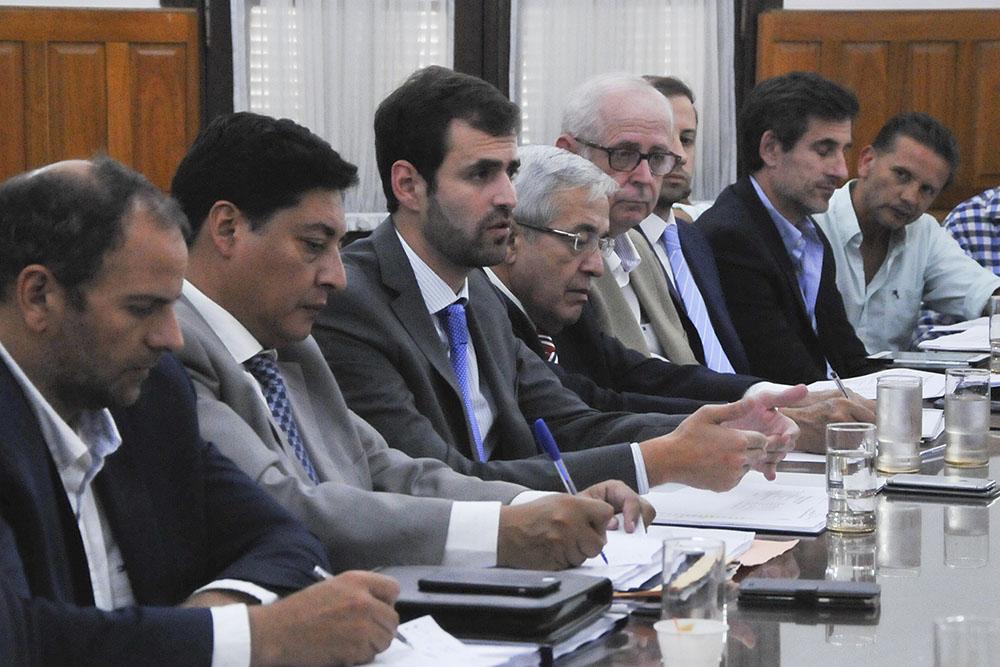 """Estrada: """"Presentamos un presupuesto con responsabilidad institucional para dejar una provincia equilibrada"""""""