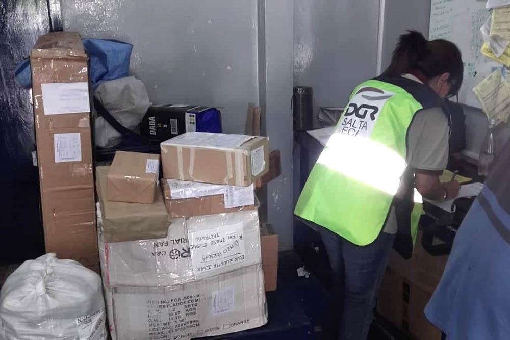 Durante enero Rentas secuestró más de 800 bultos con mercadería ilegal