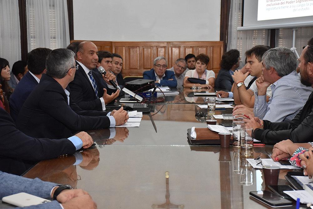 Economía solicitó a legisladores provinciales una prórroga en la presentación de la Ley de Presupuesto
