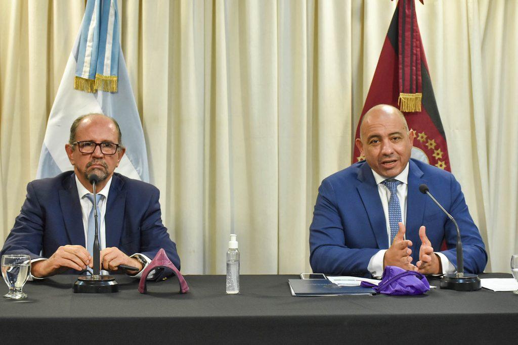Se presentaron nuevas medidas económicas para Pymes y trabajadores privados