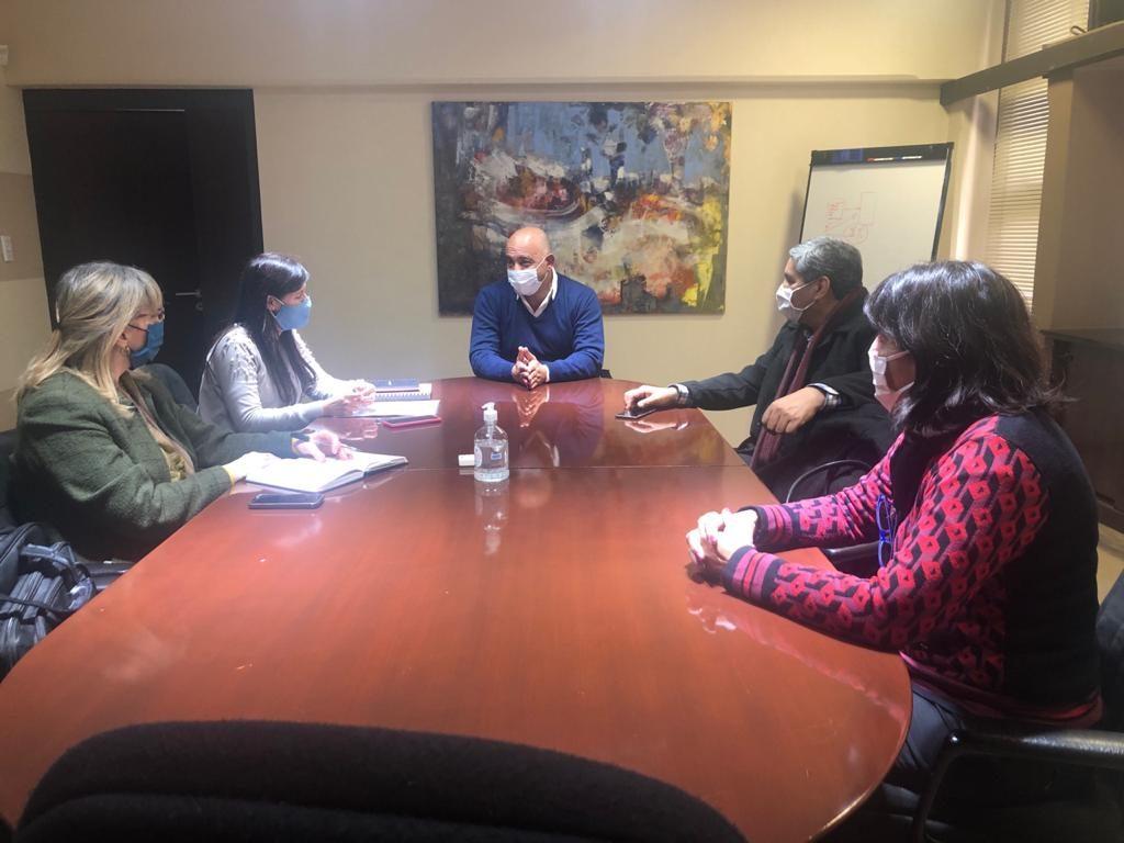 Gobierno y UNSA planifican capacitaciones para fortalecer la gestión de los municipios salteños