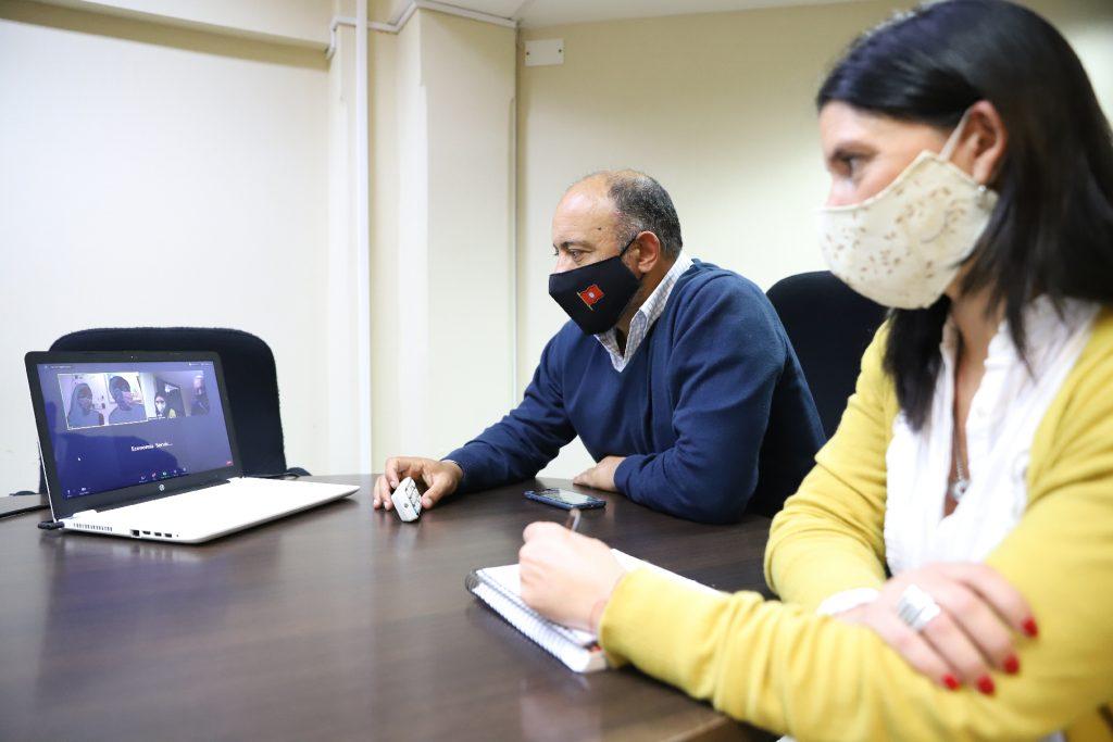 Dib Ashur se comunicó con la salteña premiada por generar soluciones de internet de las cosas e inteligencia artificial