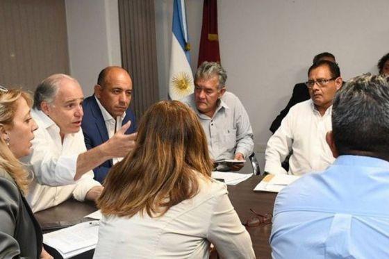 Gobierno convocó esta tarde a diversos sectores estatales para concretar una mesa general de diálogo