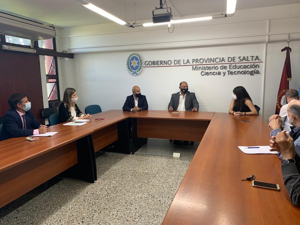 La Provincia gestiona fondos para la realización de obras en el Valle de Luracatao