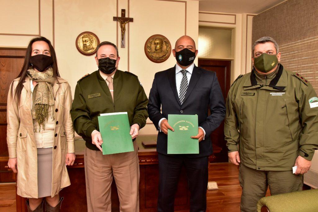 Gobierno acordó con Gendarmería  Nacional fortalecer el control del comercio ilegal y de la evasión fiscal